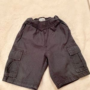 THE CHILDRENS PLACE BOYS Gray Grey Cargo Shorts